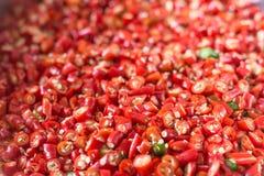 Pfeffer des roten Paprikas, aufgeteilte Nahaufnahmeansicht Stockfotografie