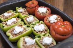 Pfeffer und Tomaten angefüllt mit Fleisch Lizenzfreie Stockfotos