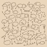Pfeile mit Sprachewolken Stockbilder