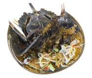 Pfeilschwanzkrebseiersalat auf einem thailändischen lokalen Lebensmittel der Platte Lizenzfreie Stockbilder