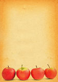 Äpfel gegen altes Papier Lizenzfreies Stockbild