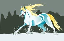 Pferd, das in Schnee läuft Stockbild