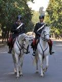 Pferd eingehangene Polizei Borghese Gärten Rom Italien Stockbilder
