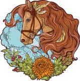Pferd mit Wolken und Blumen Stockfotografie