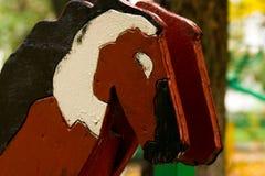 Pferde auf dem Spielplatz Lizenzfreie Stockfotos