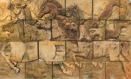 Pferde auf der Wand lizenzfreie stockfotografie
