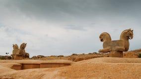 Pferdekopfstatuen Persepolis war die zeremonielle Hauptstadt des Achaemenid-Reiches Stockbilder