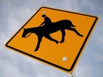 Pferden-Überfahrt-Zeichen Stockbild
