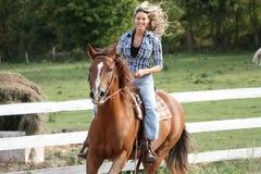 Pferdenreiten Stockfotografie