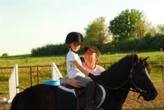 Pferdenreitlektion Lizenzfreies Stockfoto