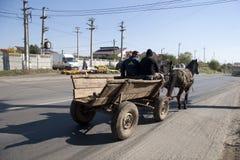 Pferdenwagen mit Zigeuner Stockfoto