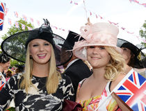 Pferderennen, Dametag am Ascot Stockfotografie