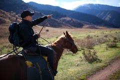 Pferderuecken-Reiten Lizenzfreie Stockfotos