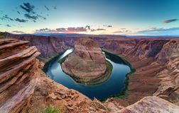 Pferdeschuh-Biegung, der Colorado in der Seite, Arizona USA lizenzfreie stockfotos