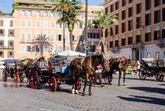 Pferdetaxi bei Piazza di Spagna Lizenzfreie Stockbilder