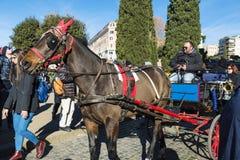 Pferdewagen für Touristen in Rom, Italien Stockfotografie