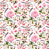 Pfingstrosenblumen, Kirschblüte, Federn Nahtloses Blumenmuster watercolor Lizenzfreie Stockfotos
