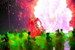 Pfingstrosengeschichte--Die historische magische Magie des Artlied- und -tanzdramas - Gan Po Lizenzfreies Stockfoto