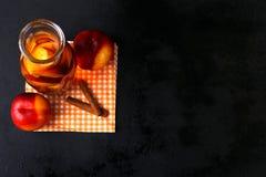 Pfirsich-Kompott Stockbilder