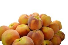 Pfirsiche auf weißem Hintergrund Lizenzfreie Stockfotografie