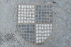 Pflastersteine in Form des Schwarzweiss-Wappens des Hohenzollern, Deutschland lizenzfreies stockfoto