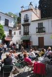 Pflasterungscafé, Sevilla stockfotografie