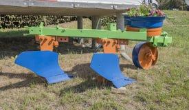 Pflug für die Verarbeitung von landwirtschaftlichen Feldern Lizenzfreies Stockbild