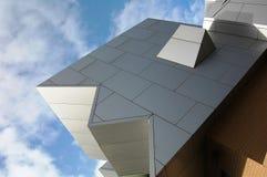 Pfosten-moderne Architektur Stockbilder