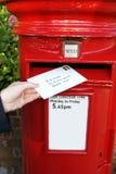 Pfosten-Zeichen in der Mailbox Lizenzfreie Stockfotos