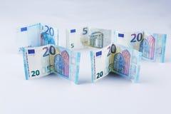 Pfund, 20 Banknoten der britischen Pfunde und des Euros Stockfotografie