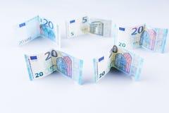 Pfund, 20 Banknoten der britischen Pfunde und des Euros Stockbild
