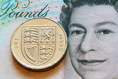 Pfund, Münze und Banknote Stockfoto