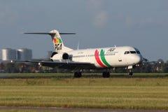 PGA - Portugalia-Fluglinien Fokker 100 Lizenzfreie Stockfotos