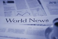 Páginas da notícia de mundo Fotos de Stock