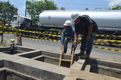 PGN在三宝垄扩展天然气管道基础设施 免版税库存图片