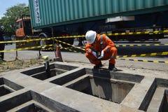 PGN breidt de Infrastructuur van de Aardgaspijpleiding in Semarang uit royalty-vrije stock fotografie
