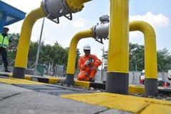 PGN utvidgar infrastruktur för naturgasrörledningen i Semarang Royaltyfri Bild