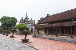 "Phà catedral ‡ m de t ¡ Diá do"" em Ninh Binh Province, Vietname Foto de Stock"