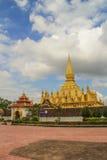 Pha что stupa Luang символ города Вьентьян Стоковое Изображение