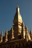 Pha den Luang stora Stupa i Vientiane Laos Royaltyfria Foton