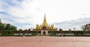 Pha det Luang tempel i Vientiane Arkivfoto