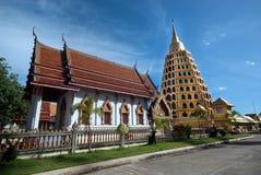 Pha que a tanga de Chedi Sri Pho é pagode em Wat Ta It, Tailândia Imagens de Stock Royalty Free