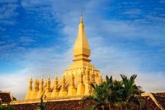 Pha som Luang (tempel) eller stora Stupa i Vientiane, symbol av Laos. Arkivfoto
