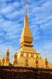 Pha som Luang (tempel) eller stora Stupa i Vientiane, symbol av Laos. Arkivbilder