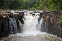 Pha suam waterfall Royalty Free Stock Photo