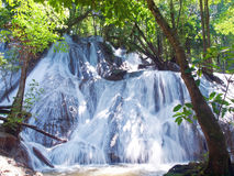 Pha Tat Waterfall Royaltyfria Bilder