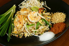 Phad Thai, Thai Food. Phad Thai Kung, Thai stir-fried noodles with shrimp, a national dish of Thailand Stock Photo