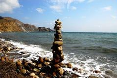 Phallisches Symbol, aufgebaut von der Steinküste von Krim, Russland Stockfoto