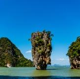 Phang Nga海湾的詹姆斯庞德海岛在普吉岛,泰国附近 图库摄影
