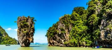 Phang Nga海湾的詹姆斯庞德海岛在普吉岛,泰国附近 免版税库存图片